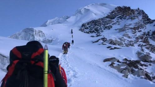 为何登珠峰时遇到有人倒下,千万不能上前扶?网友:因为已经凉了