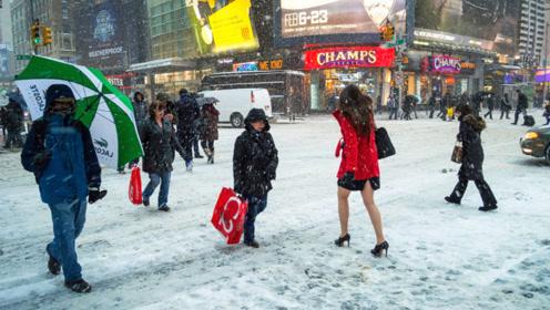 日本女性冬天也爱穿短裙,难道不怕冷吗?背后有着怎样的秘密