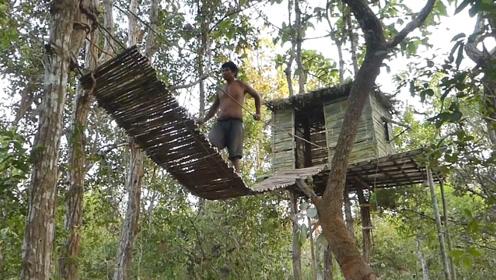 地上的房子住不起,越南小伙在树上修建房子,网友:他是属鸟的吧!