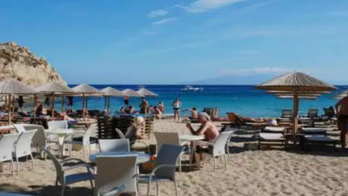 """全球最疯狂的4个海滩,直接跟比基尼说""""拜拜"""",网友:完全释放天性 !"""