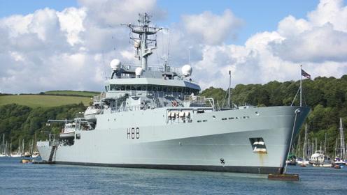 """英国""""企业""""号穿越海峡,称进行自由航行,网友称只是""""小角色"""""""