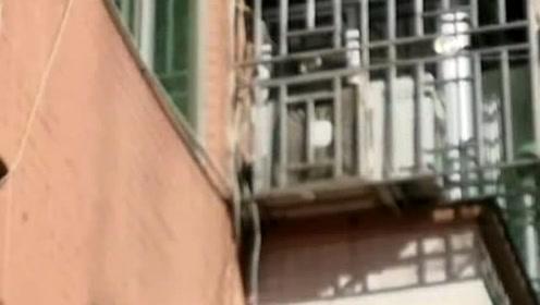 3岁男童被困火海 街坊徒手攀爬4楼相救