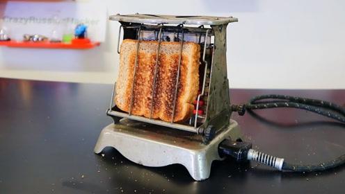 小哥测试各种烤面包机,这效率也太高了,你喜欢哪款呢?