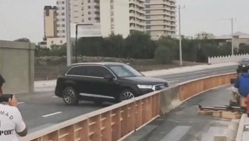 电影中的撞车桥段原来是这样拍摄的,涨见识了!