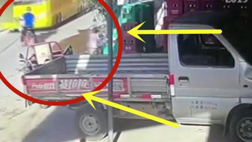 10岁男孩骑电车带妹妹回家,不料意外发生,监控拍下悲惨瞬间!