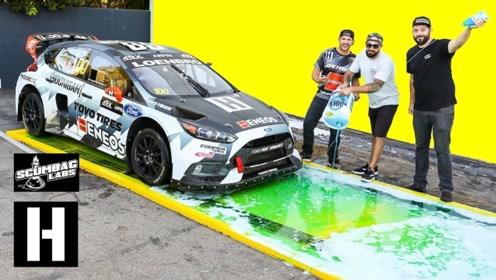赛车在肥皂水的赛道上行驶是什么体验?小哥亲测,场面有点搞笑