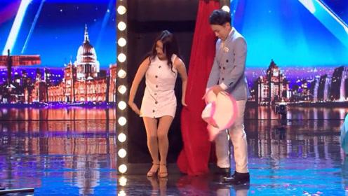 中国夫妻上达人秀节目,表演无遮挡一秒换衣,场下观众欢呼不已!