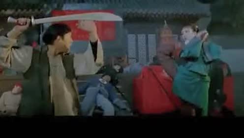 女反派用软功大战用布做武器的正派女侠!