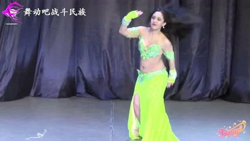 """真正的""""舞蹈大师""""!乌克兰舞者上台的第一个动作,就点燃了全场"""