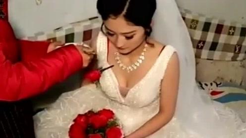 农村女儿出嫁,新娘长得好漂亮,不知道便宜了谁家小子!