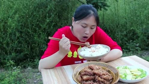 猪肉最馋人的做法,红烧已经过时了,胖妹扒着饭一顿猛吃
