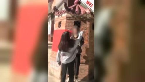 莆田仙游一女生遭多人殴打逼迫下跪 警方:涉案人员正接受调查