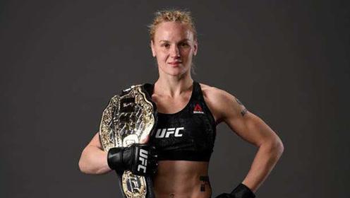 UFC传奇名将子弹妹,狂虐人形靶!