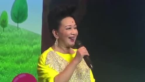 视帝视后同框!薛家燕与马国明唐诗咏跳舞好欢乐
