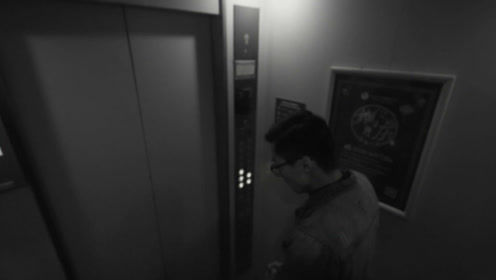 神马?电梯里空空荡荡,路人却说进不去了!