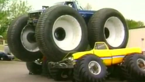 真正巨无霸,改装大脚车碾压汽车横行霸道