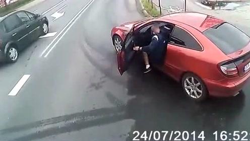 碰到这种司机就该撞,牺牲好人太心疼!