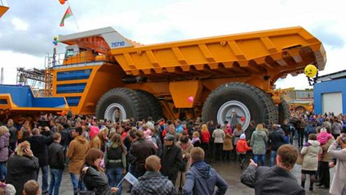 世界上最大的卡车,仅轮子都一层楼高,售价超4000万!
