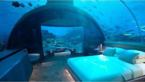 住一晚要35万元 世界首座海底五星级酒店开业