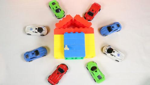 乐高积木小汽车玩具表演学习颜色,儿童益智视频