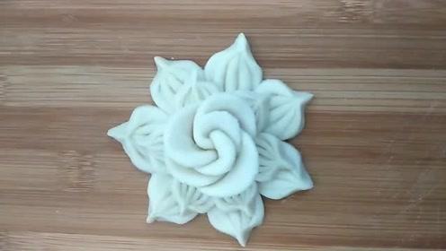 花样面食之花朵花卷,手法简单易学,外形非常漂亮!
