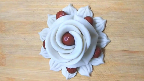 花样面食之枣花花卷的做法,寓意花开富贵财源旺,迎新春!