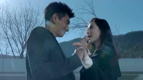 刘诗诗怀孕六个月孕肚首曝光 与吴奇隆及家人上山踏青
