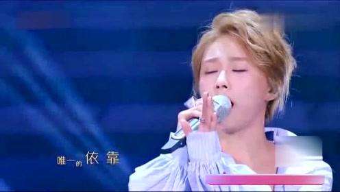 美女陈冰 袁娅维演绎《大雨》《crazy》