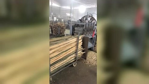 竹筷子原来是这样经过流水线生产出来的