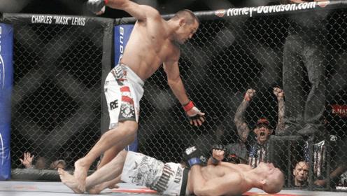 这是我见过最狠的一记重拳,看着都疼,没有之一