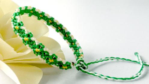 手工编绳,绿色菱形花纹手链制作全过程,来自青青草原的绿色心情