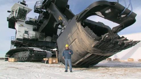厉害了我的挖掘机!一铲子下去能装90吨,对付硬石头不在话下