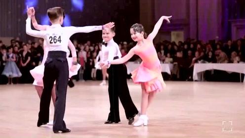 超可爱小朋友的实力拉丁舞