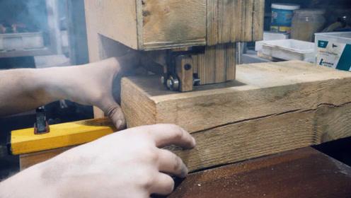 切一块方木,分分钟自制一把大号锤子,成品让人眼前一亮
