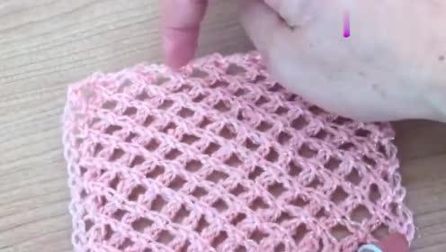 常用的渔网花样钩针织法教程,编织裙衫非常漂亮,真好看!
