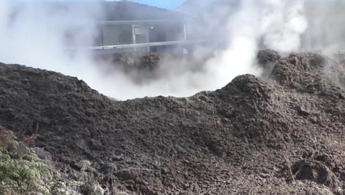 新西兰一户农家后院被火山吞没,专家:这里将不再适合居住