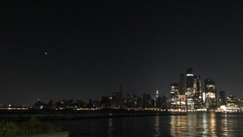 美国纽约大面积停电,距1977大停电正好42年