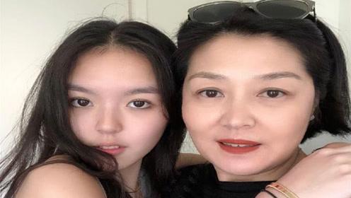李咏17岁女儿晒素颜照,哈文带女儿回京生活,晒照片开始新生活