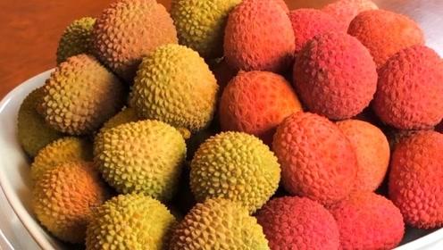 """吃货如何炫富?日本捧出西瓜,迪拜端出草莓,中国拿出""""它""""稳赢"""