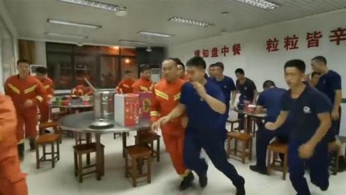 上海消防一小时内接警555起 消防员没吃两口又要出动