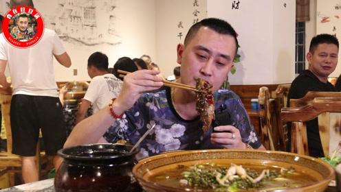 重庆人气私房菜,青椒蛙香麻鲜嫩,最想吃的还是招牌菜飞燕鱼