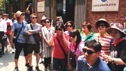 """为向日本""""抗议"""",成群韩国人到上海""""朝圣"""",上海成旅游景点!"""