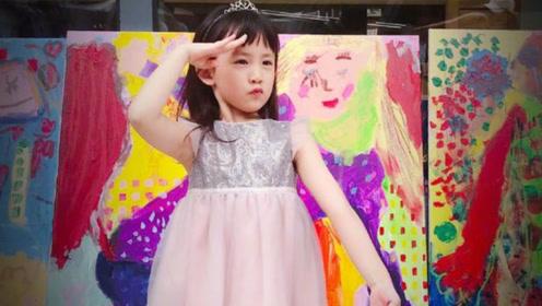 黄磊晒二女儿画作 多妹穿粉色蓬蓬裙敬礼表情得意