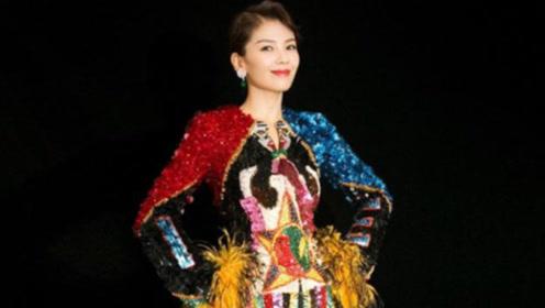 刘涛最新写真,万花筒连衣裙,复古时尚尽显女神魅力
