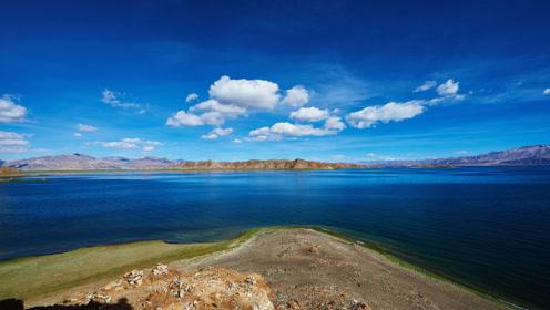 """世界上最""""偏心""""的湖泊,一边人间仙境,一边寸草不生"""