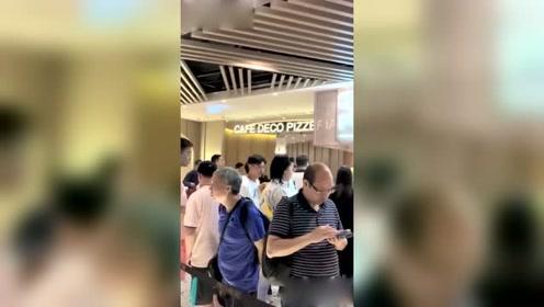 网友偶遇张晋蔡少芬张晋全程护娘娘