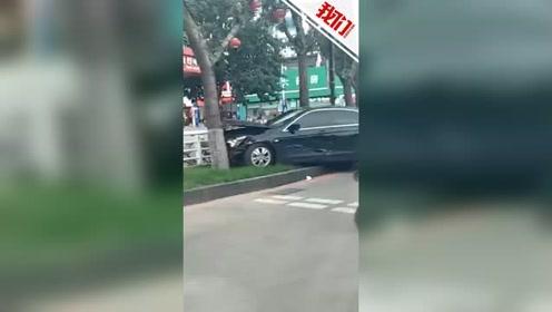 辽阳火车站前男子驾车连撞多车 警方:司机带胰岛素泵明显嗜睡