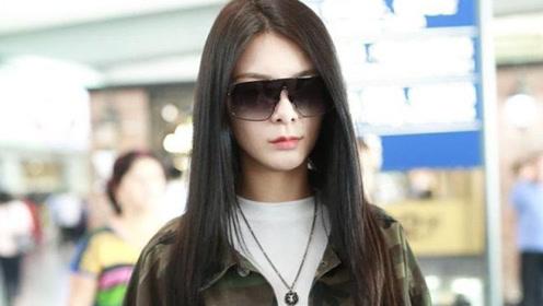 瘦了瘦了她瘦了,傅菁机场如秀场 ,走路带风御姐范十足