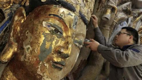 工匠修补800年前观音像,意外触动暗藏机关,网友:奇门遁甲?