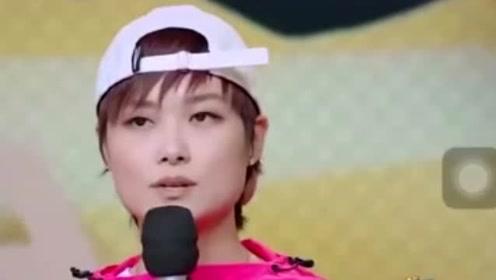 李宇春爆红14年,只带父母出游一次,喧嚣背后是生活缺失的无奈